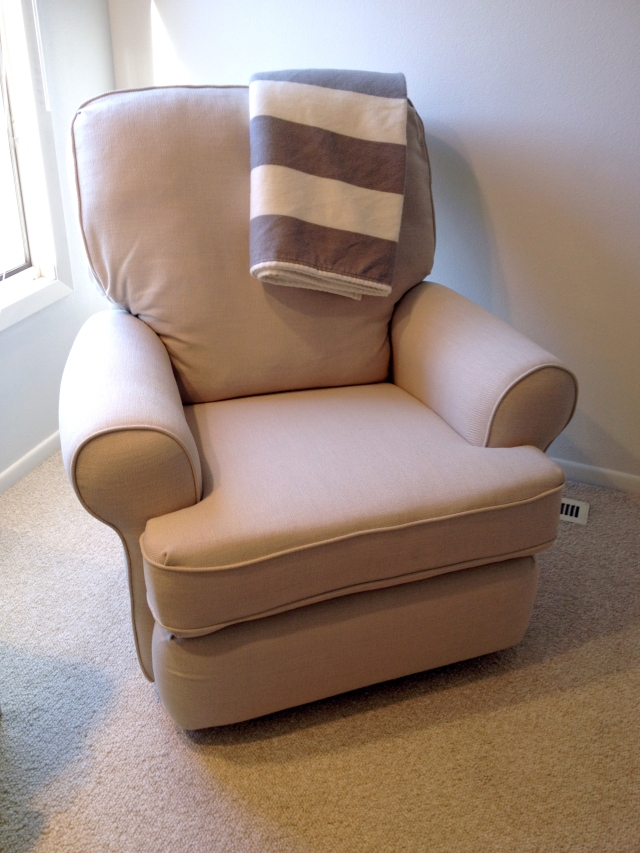 baby b's nursery chair