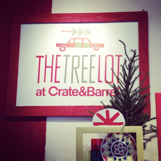 crate and barrel holiday pop-up  store
