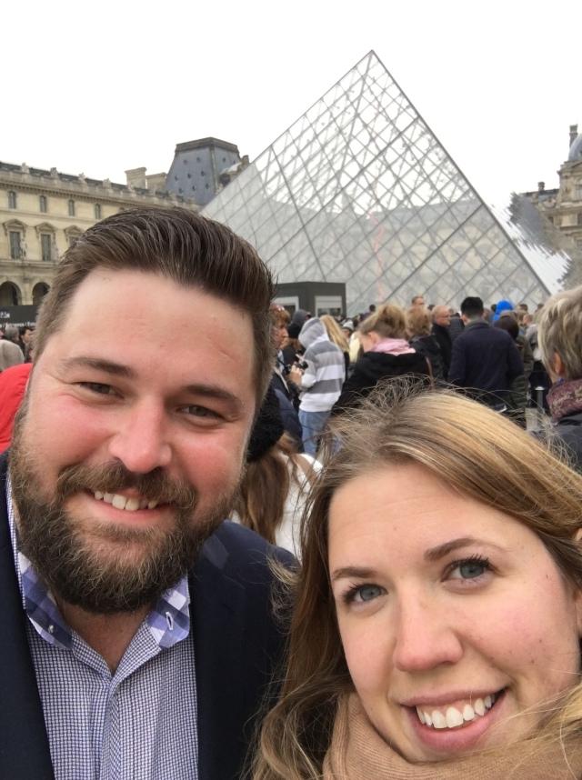 France 2015: Louvre line