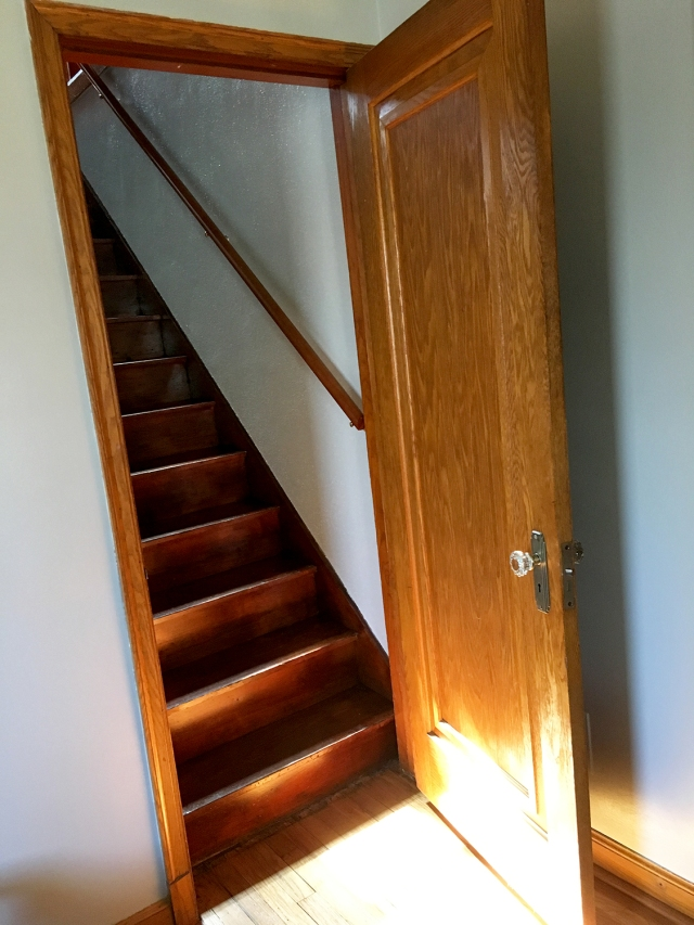 MoHouse_Stairway